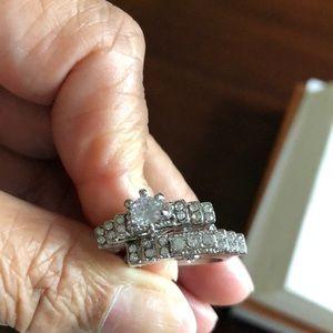Jewelry - Faux jewelry